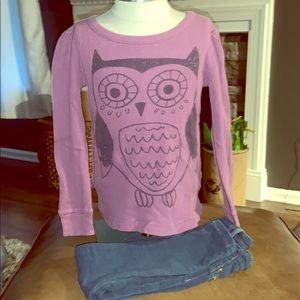 Old Navy tee and Cat Jack jeans